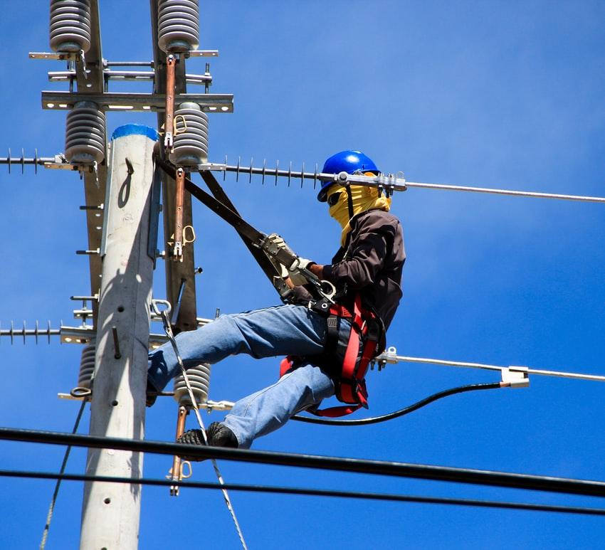 Les électriciens